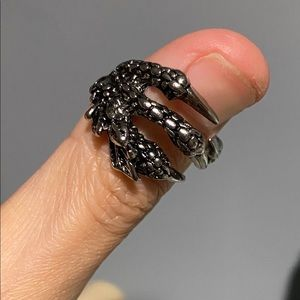 Dragon claw ring.
